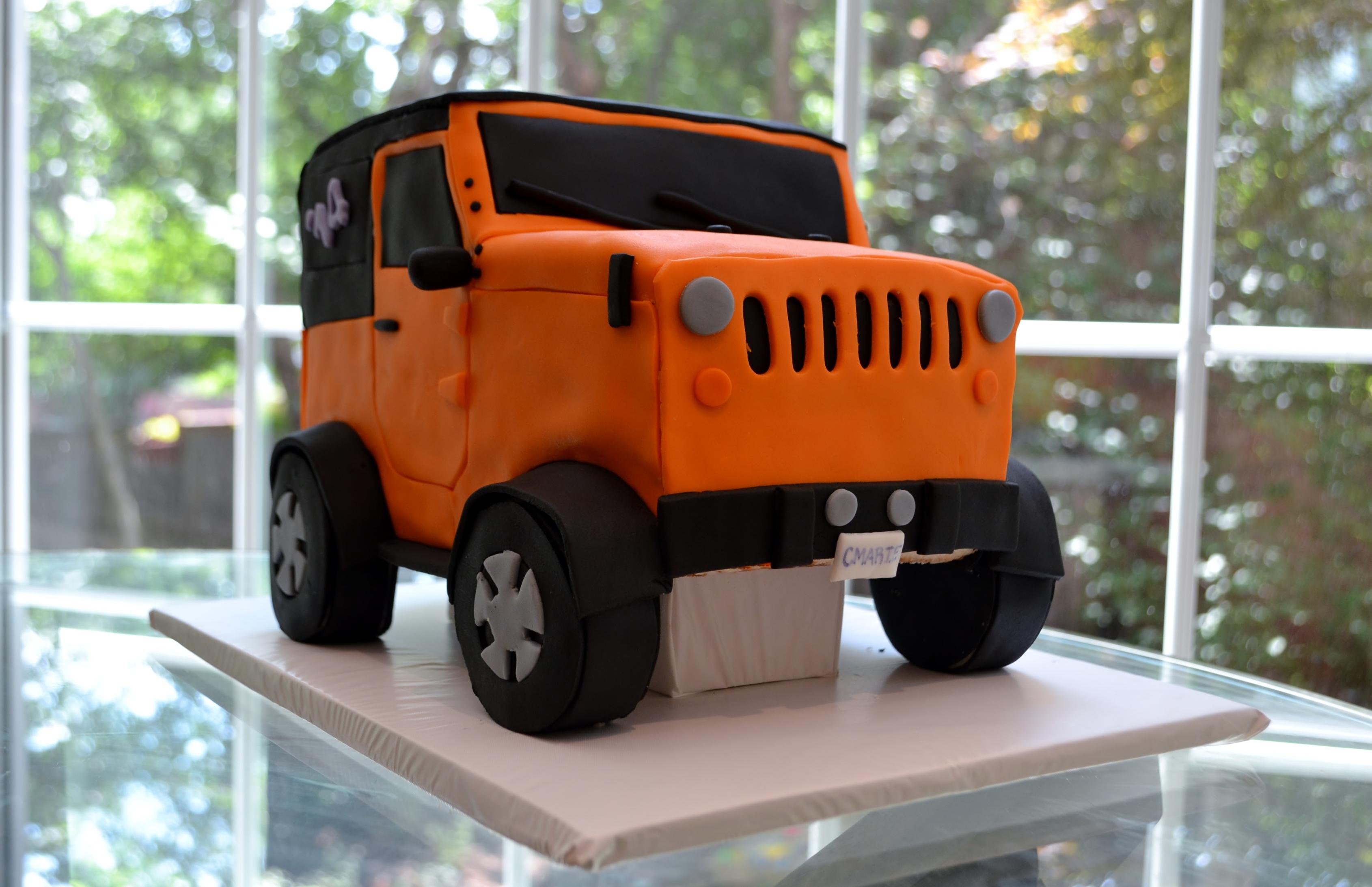 Types Of Jeep Wranglers >> Jeep Wrangler Graduation Cake
