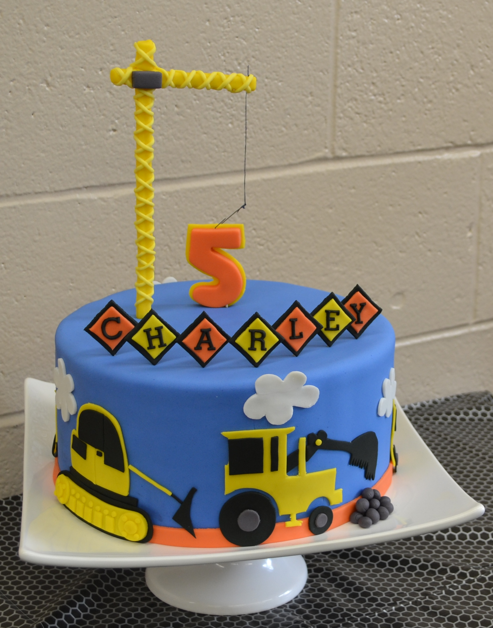 Metro Birthday Cakes Pictures