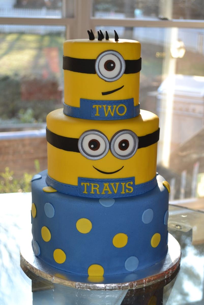 Minion cake iii - Cake decorations minions ...