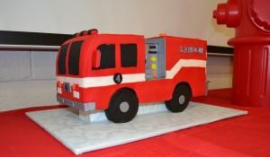 firetruck cake 2