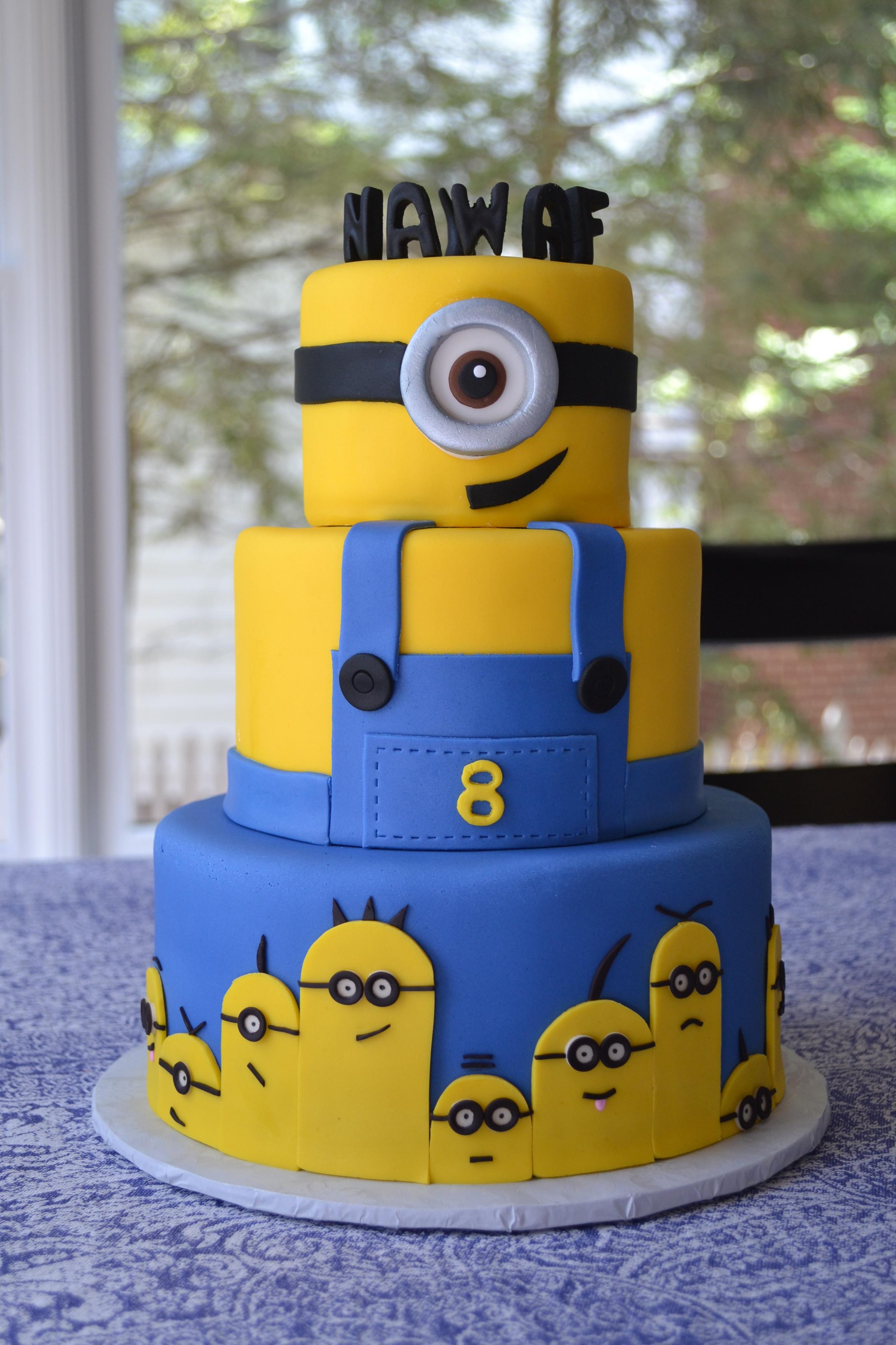 Despicable Me  Minion Birthday Cake